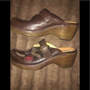 Clark's leather clogs